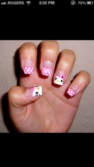 Cute hello kitty gel nails (:                Not mine ****