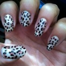 Chetah nails! Meow!