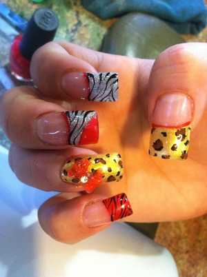 Animal print with 3d bow