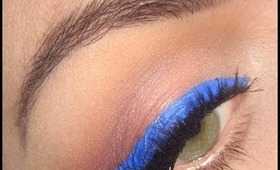 Fall make-up tutorial : Blue liner and brights lips