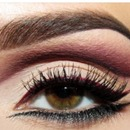 Maroon Red&Olive Green Eyes