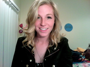 Softly tousled curls and pretty makeup for a date night with my man!