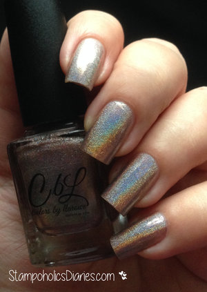 http://stampoholicsdiaries.com/2015/02/22/dragonfly-nails-with-colors-by-llarowe-blonde-ambition-lesly-ls-11/
