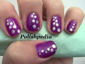Do you like this fizzy design?  Watch The Tutorial @ http://www.polishpedia.com/fizzy-nail-art.html