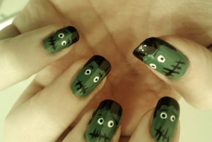 Franken-nails. Note this is a recreation of Goldiestarlings tutorial from last year. You can find her on youtube/fb/twitter. She's amazing.