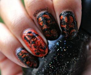 ♡ Black & orange. I used the same nail polishes! Zoya Dhara & Sinful Colors Starry Night. ♡