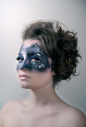 Model - Sabina Velic // Photo - Nina Mašić // Makeup - Naida Djekic