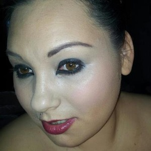 A Black eye-liner, with blue undertones.