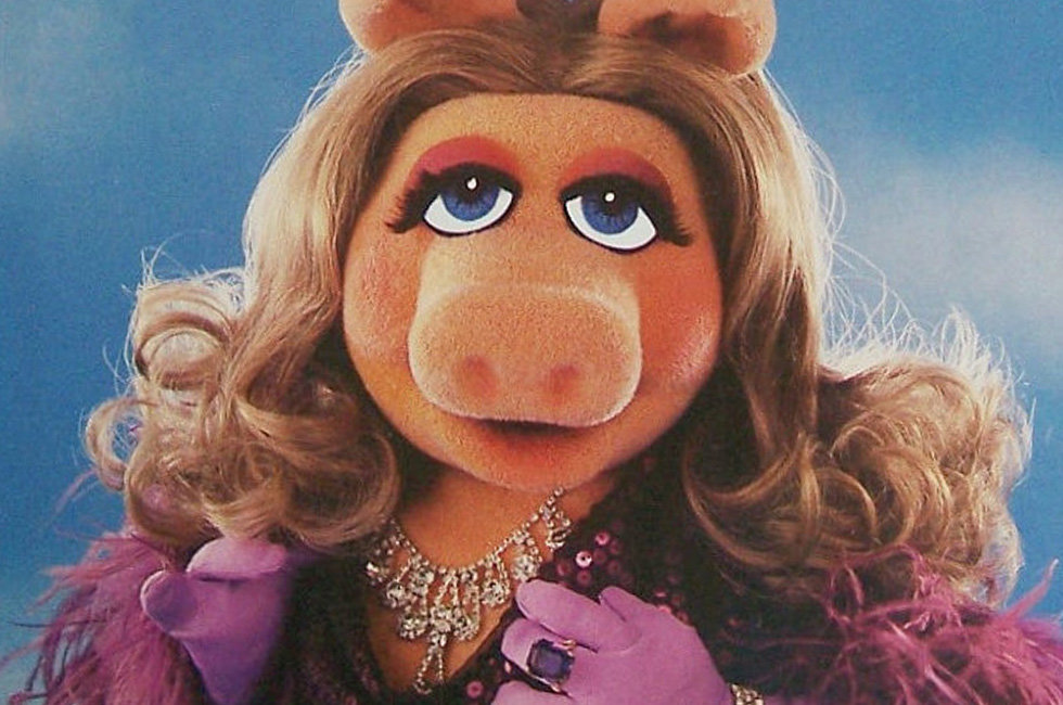 Weird Beauty Tips From Miss Piggy and The Stars Of The 80 ...