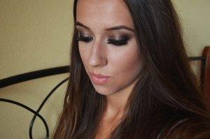 http://xoxopatty.blogspot.sk/2014/07/make-up-inspired-by-kim-kardashian_8.html