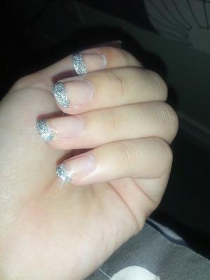 DIY glitter French tips