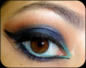 http://rachelshuchat.blogspot.ca/2012/08/blue-with-teal-brown-and-black-eyeliner.html