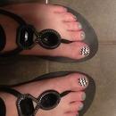 aqua and b/w toes