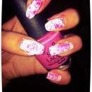 Cloudy pink and white nails <3