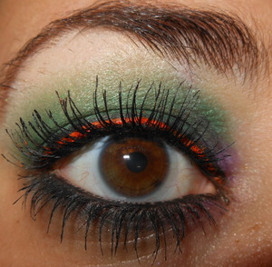 A fun eye look using Lime Crime's Alchemy palette and uniliner in 6th element