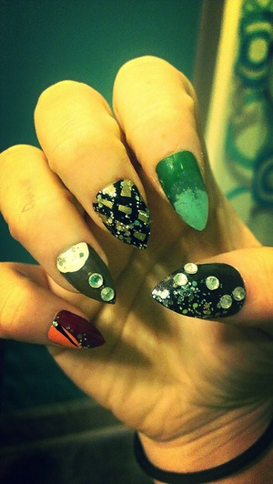 Just email me if you want the directions for the construction of these nails.