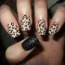 leopard nails ;-)
