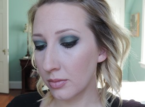 Using Too Faced A Few of My Favorite Things palette - Snowflakes, Milk Chocolate, Evergreen, and Blue Satin Sashes; blush in Melt Into Spring)