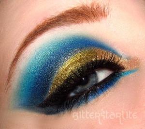 Lid Color is Liquid Gold Pigment by Makeup Geek