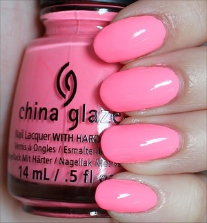 From the Sunsational Collection. Click here to see my in-depth review and more swatches: http://www.swatchandlearn.com/china-glaze-neon-on-on-swatches-review/
