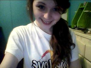Super easy side pony coming up too :3