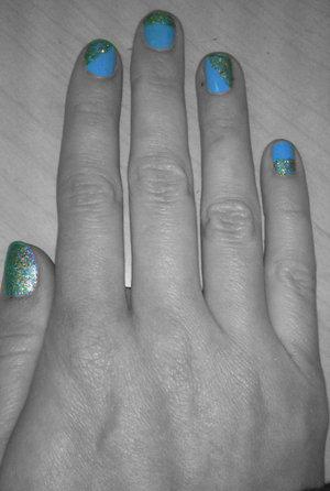 Today's nails: 7/8/12 China Glaze: Bahamian Escape China Glaze: Optical Illusion