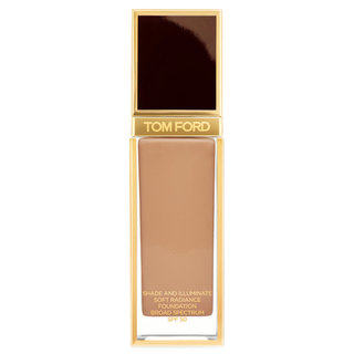 Shade & Illuminate Soft Radiance Foundation SPF 50 8.2 Warm Honey