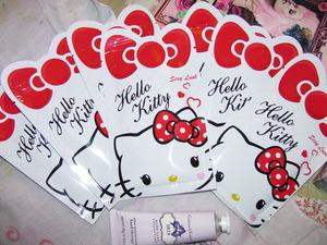 Hello Kitty Mask! Cute right?