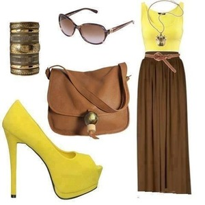 Floor lenght skirt simple to an love the heels