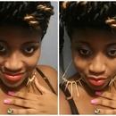 Selfie Red Lips
