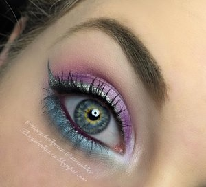 Super easy makeup to do for New Years Eve! This has to be one of the funnest makeup looks I have done yet because I didn't have to stress my lashes or even if my eyeliner was perfect. Full details have been posted by loves, Happy New Years! http://theyeballqueen.blogspot.com/2015/12/pastel-glittery-eyeliner-makeup-tutorial.html