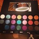 Vibrant eyeshadow