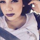 Dark lips dont care