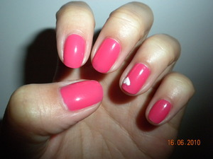 Coral pink heart