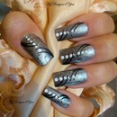 Easy Grey and black Nails