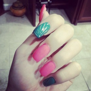 Did my nails :)