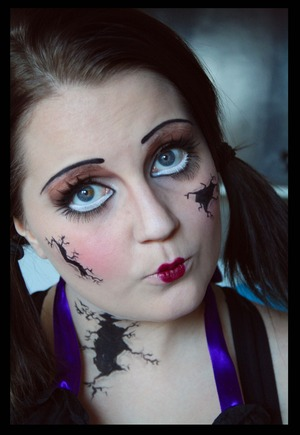 Another halloween look. Tutorail at my blog: http://epicme.bloggplatsen.se/
