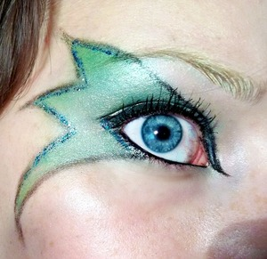 Tinkerbell :) pictures and products used: http://colourbymakeup.blogspot.com/