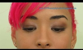 DIYB - NYC Lovatics by Demi Soft Shimmer Makeup