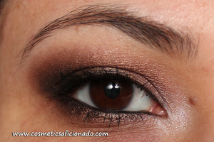 http://www.cosmeticsaficionado.com/2011/04/eye-of-day_17.html