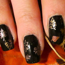 Pretty gilded leaves on Beauty Brooke S.