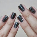 Chi Chi Speckle Nails