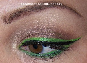 Black and Green Liner (Mehron Palettes)