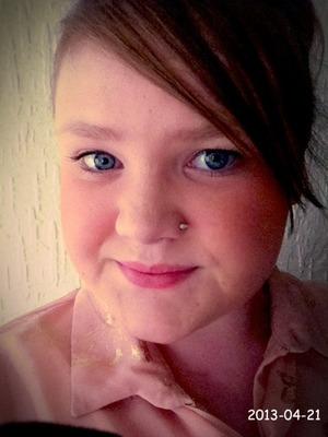 My new fake nose piercing xx 👃
