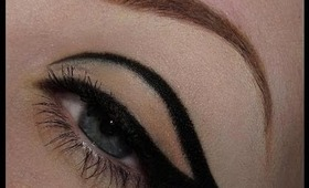 Graphic Winged Liner