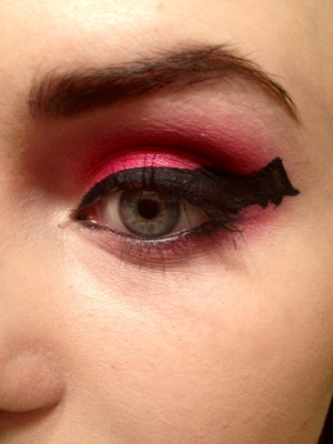This is a look I did for Halloween:)