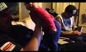 TWERKING BABY