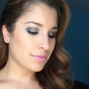 Gunmetal/Navy smokey eye