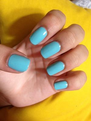 This blue is so cute.
