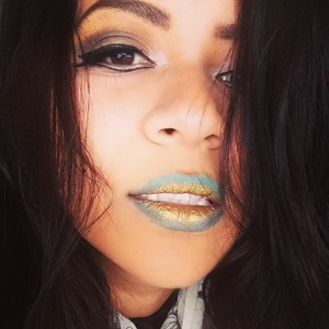 Gold pigment ombre lips with elf palette